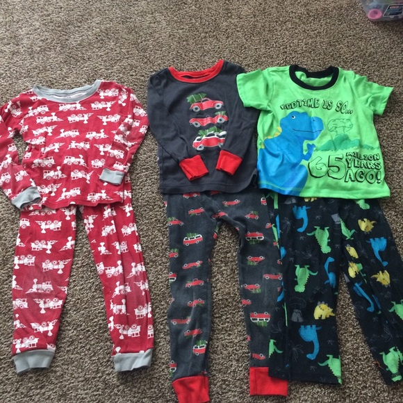 Carter's Other - 3 Toddler boy pajamas